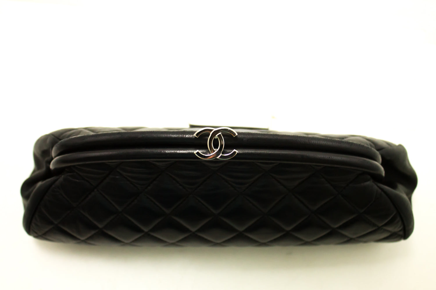 596f2ba74d8c ... CHANEL Lambskin Timeless Clutch Bag Black Quilted Leather Silver n48- Chanel-hannari-shop ...