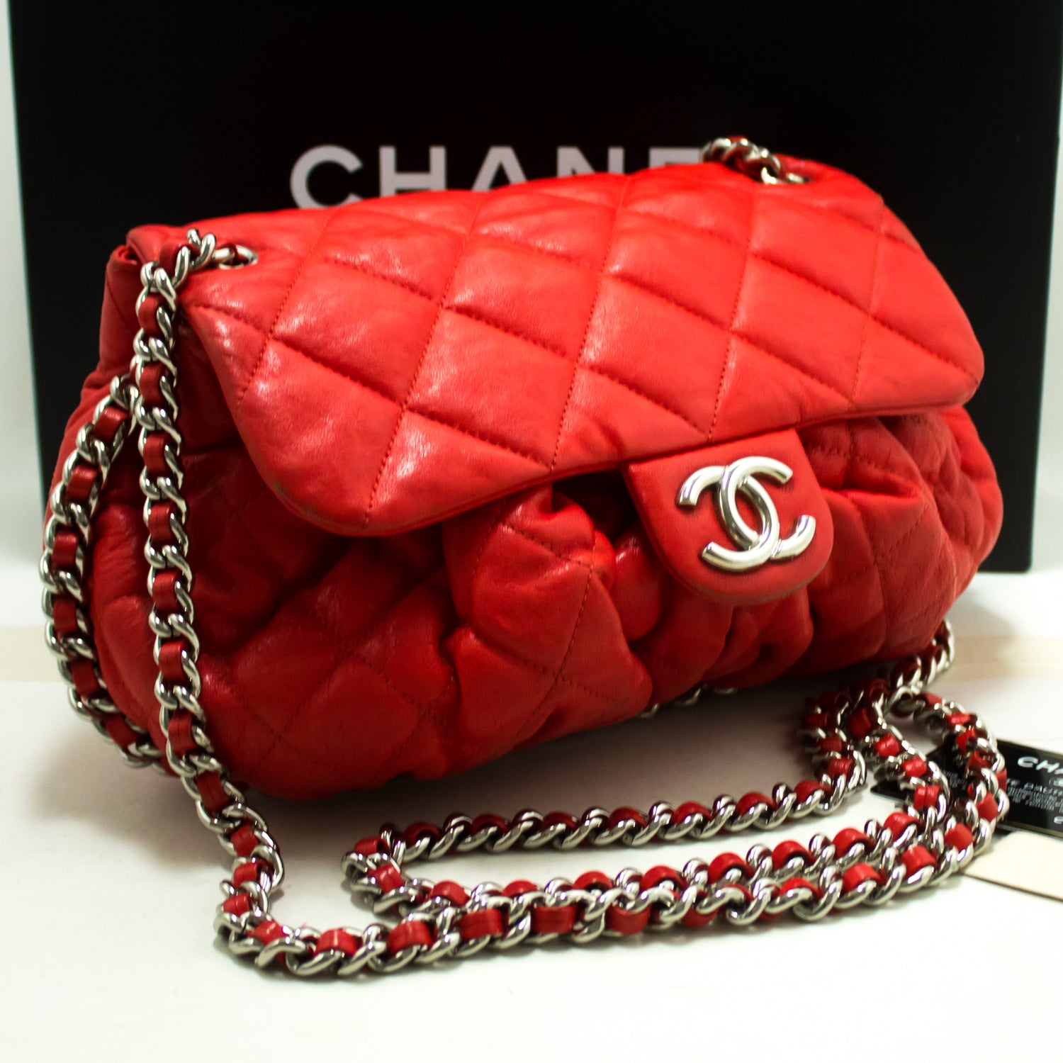 685f90defc8c ... CHANEL Red Chain Around Shoulder Bag Crossbody Quilted Flap Lamb  m86-Chanel-hannari- ...