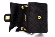 CHANEL Mini Square Small Chain Bag Spalla Crossbody Black Quilt t38-hannari-shop