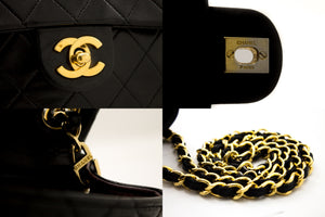 CHANEL Mini Sac à Bandoulière Mini Carré Carré Crossbody Black u34-hannari-shop