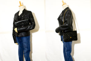 CHANEL Chain Shoulder Bag Clutch Black Quilted Flap Lambskin L33