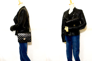 CHANEL Small Chain Shoulder Bag Clutch Black Quilted Flap Lambskin p09-Chanel-hannari-shop
