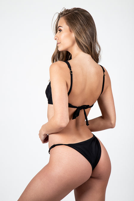 Cheeky Retro Bottom // Fiji