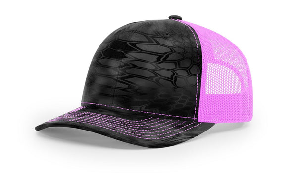 Reel Girls Kryptek Typhon/Neon Pink Logo Adjustable Trucker Hat (Richardson 112P) - Destin Outdoors