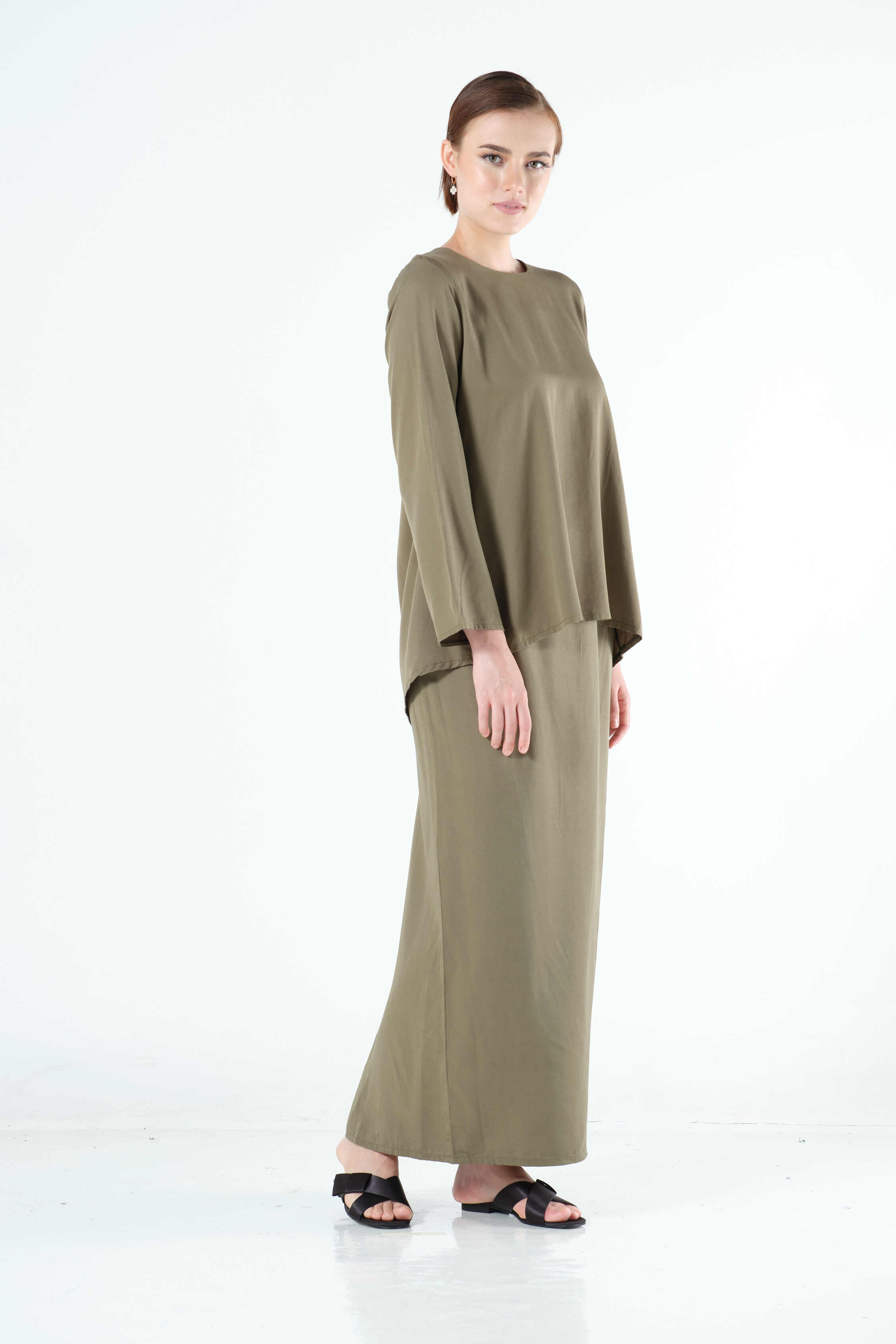 Shaima Top in Army Green