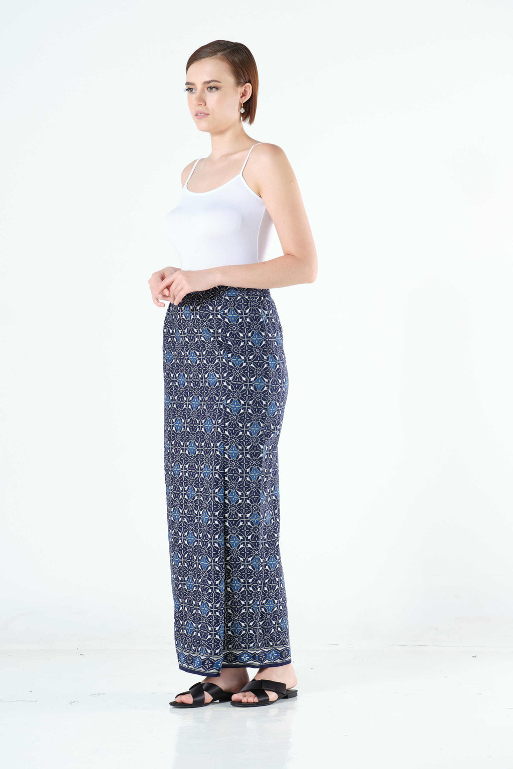 Zaqya Sarung in Blue