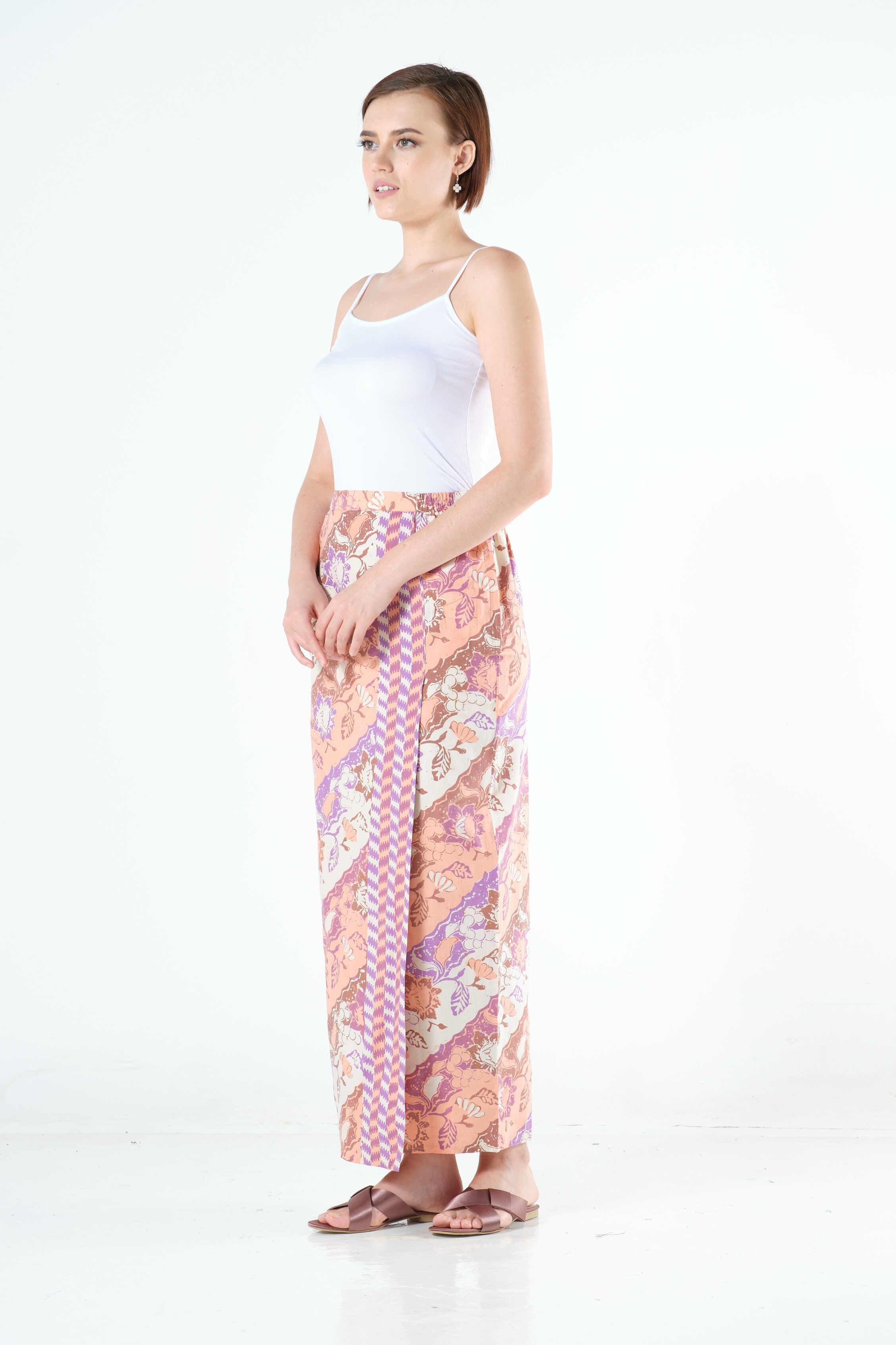 Ayu Sarung in Peach