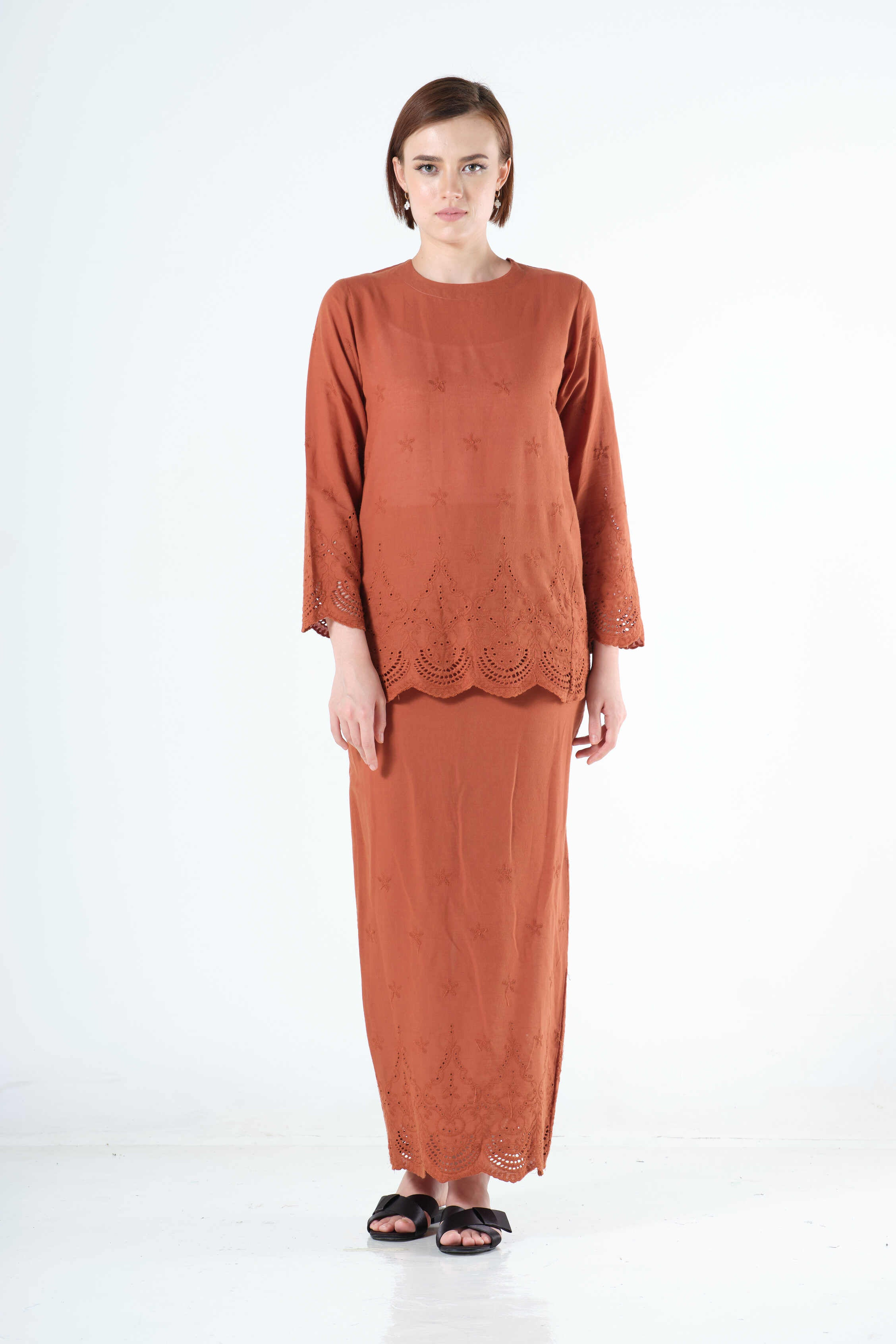Saadah Top in Brown