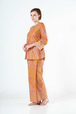 Saleha Top in Mustard