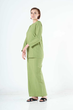 Syairah Top in Spring Green