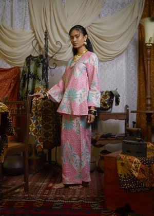 ANGGREK Top In Pink and Green