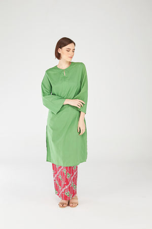 Fatimah Tunic in Spring Green