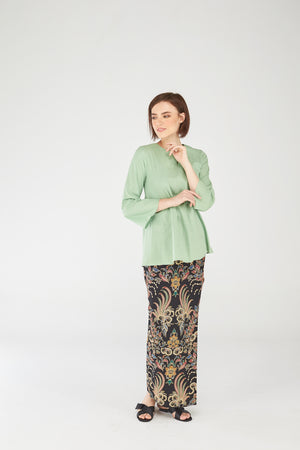 Norlida Top In Lime Green