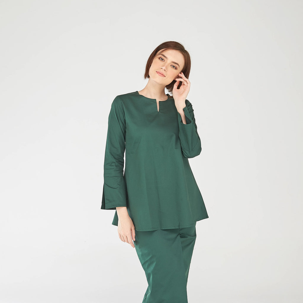 Noriza Top in Dark Green