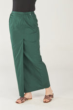 Sarung Noriza in Dark Green