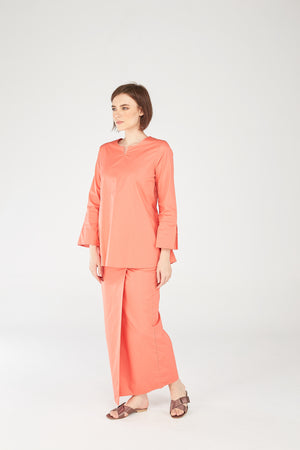 Noriza Top in Salmon