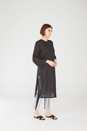 Fatimah Tunic in Black