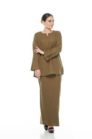 Saila Top in Army Green