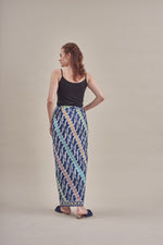 Sarung - Sonya (GB) in Dark Blue