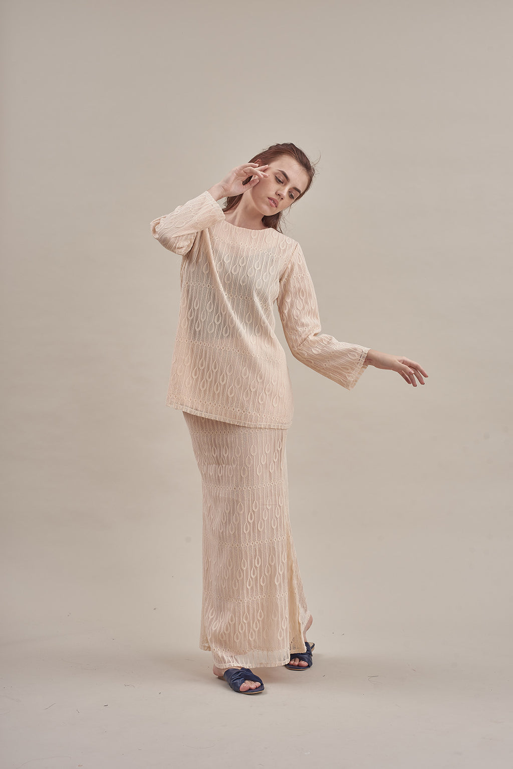 Jalur Top in Cream