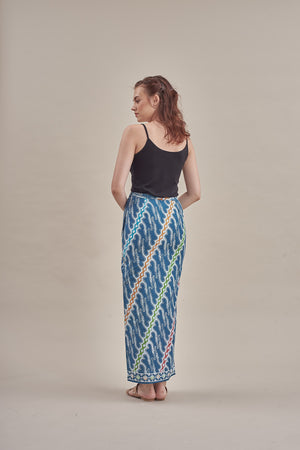 Sarung - Sonya (GB) in Ash Blue