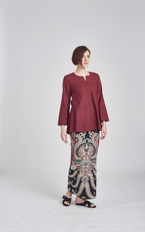 Norlida Top in Maroon