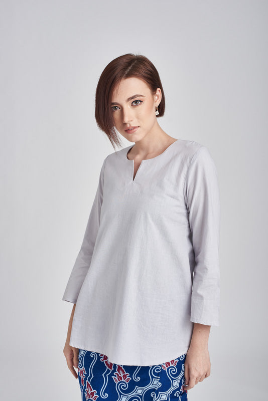 Norlida Top in Chalk