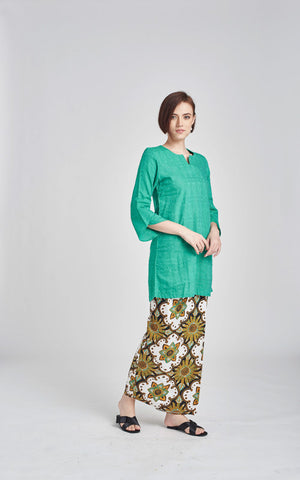 TOP Habiba in Green