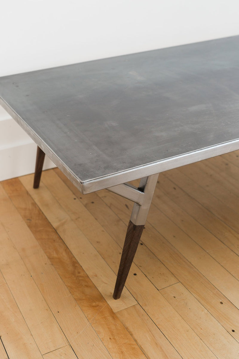 MIDWAY Metal Coffee Table