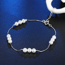 Load image into Gallery viewer, Beautiful and Delicate Pearls Bracelet