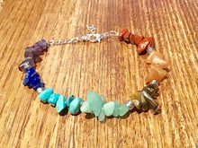 Load image into Gallery viewer, 7 Chakra Reiki Crystals Healing Bracelet