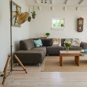 Budget Ways to Decorate your Home