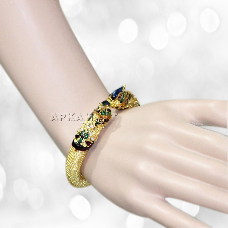 APKAMART Multicoloured Bracelet