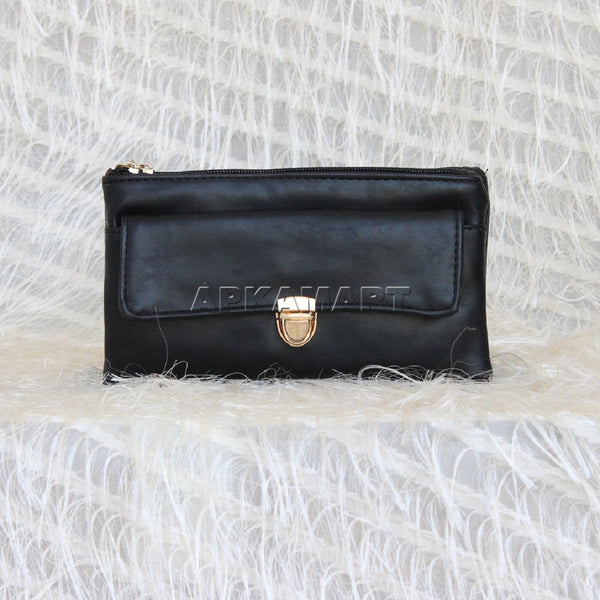 APKAMART Party Black Clutch