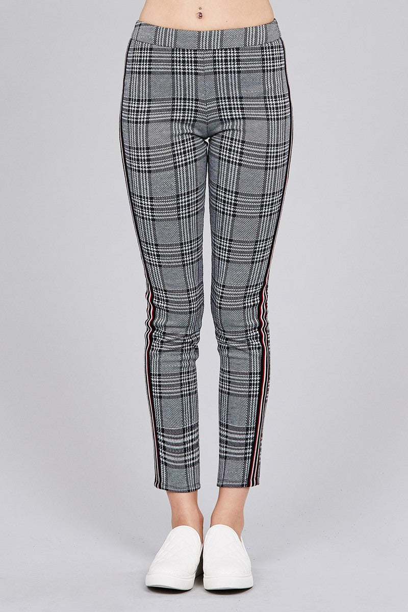 Material: 97% Polyester 3% Spandex Length: Long Fit Type: Tight Details: Side tape detail Pattern: Plaid Plaid Tight Pants, grey color