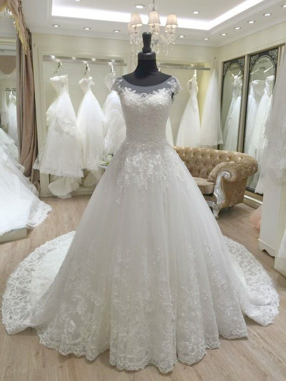 Round Neck Wedding Dress