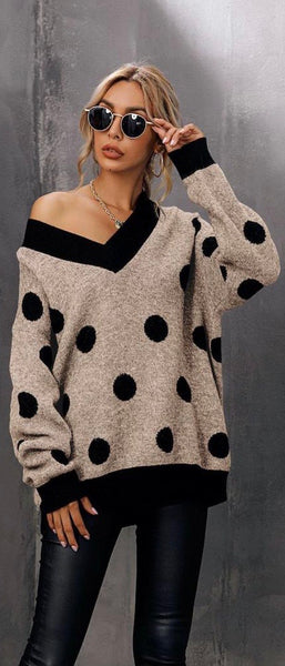 Spot v neck jumper