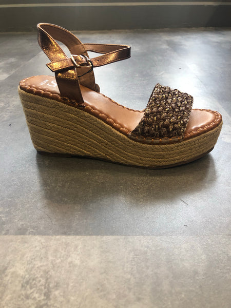 Revolve 219927 low wedge