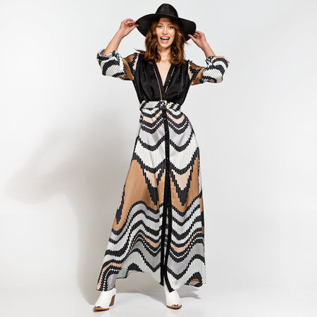 Black And White Contrast One-Shoulder Layered Maxi Dress