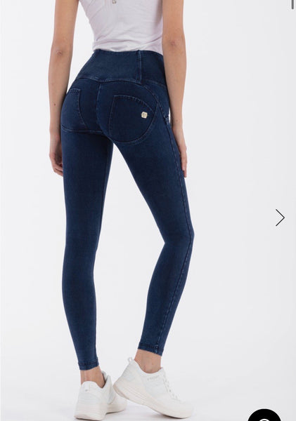 HIGH-WAISTED SUPER SKINNY WR.UP® SHAPING JEANS WITH BUTTONS BLUE STITCHING