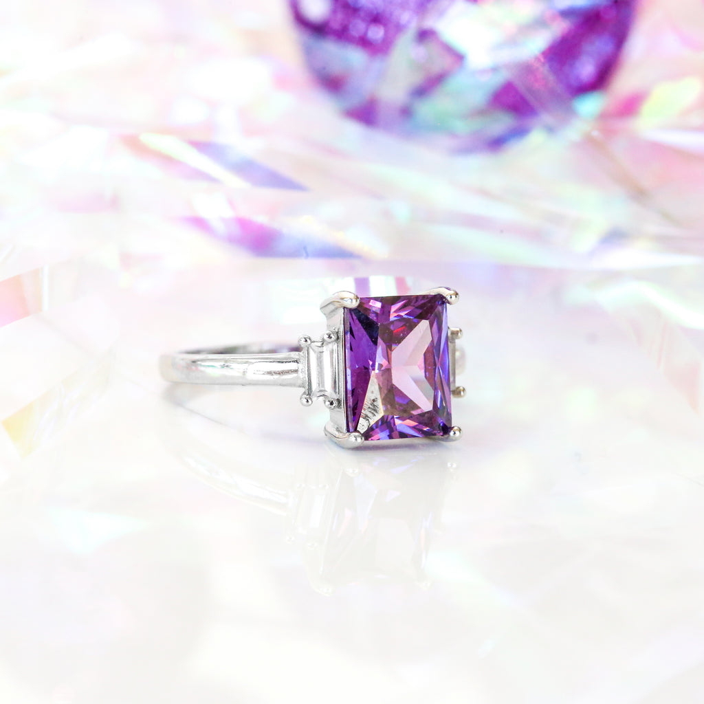 Amethyst Ring Royal Essence
