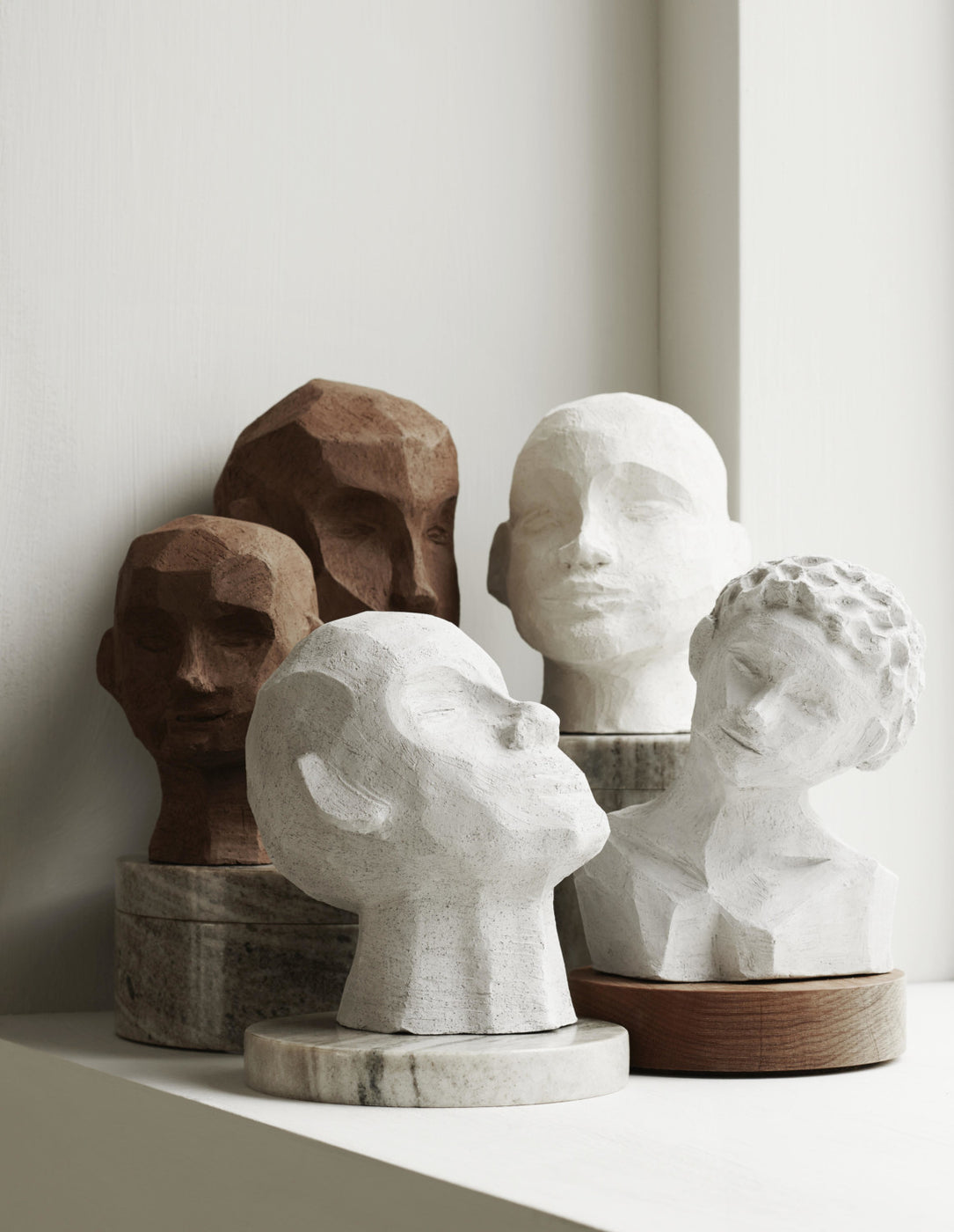 Anna Leena's Home, Scultures