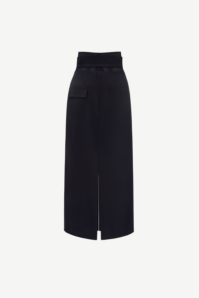 Belted front-slit virgin wool skirt in black