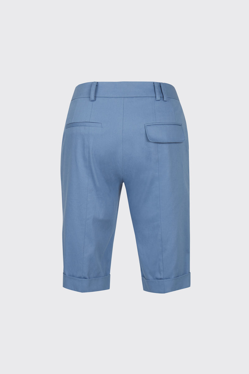 Light blue cuffed slim-fit shorts