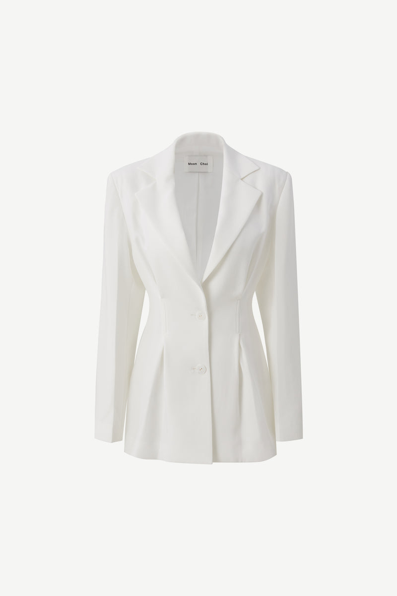 Tailored 2-tucks blazer in white