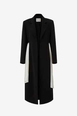 Wide shoulder eyelet coat in black