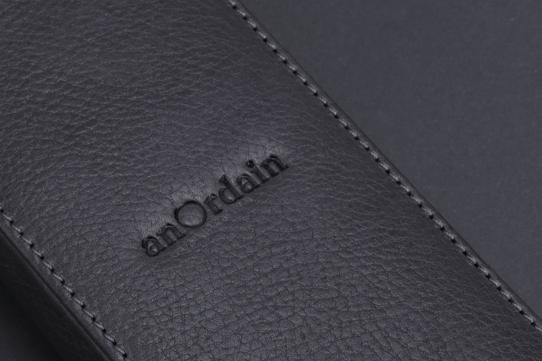 The Model 1 comes with a suede-lined leather carry case in one of four colours
