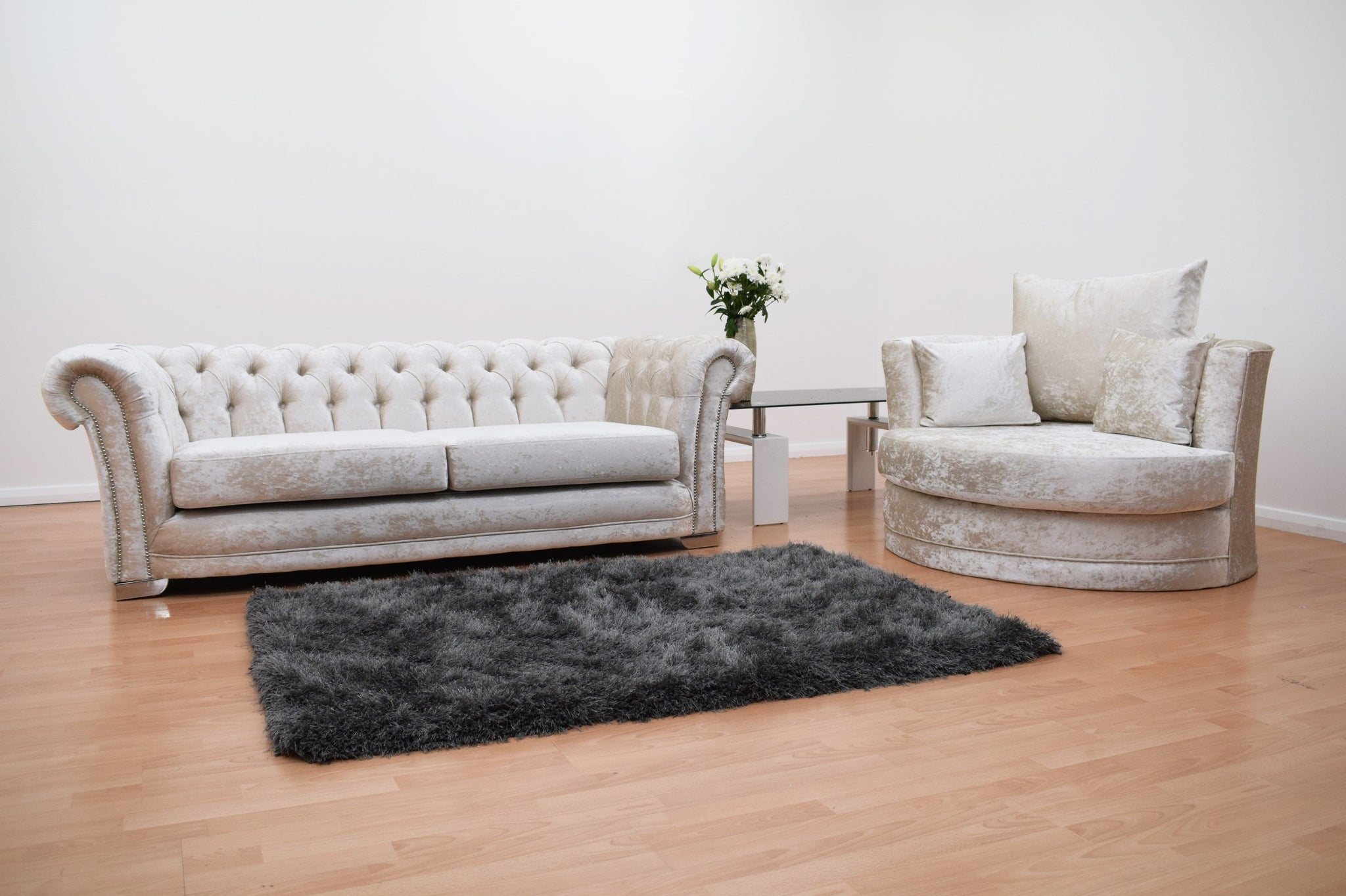 Chesterfield 3 Seater Sofa With Cuddle Chair Velvet Cream
