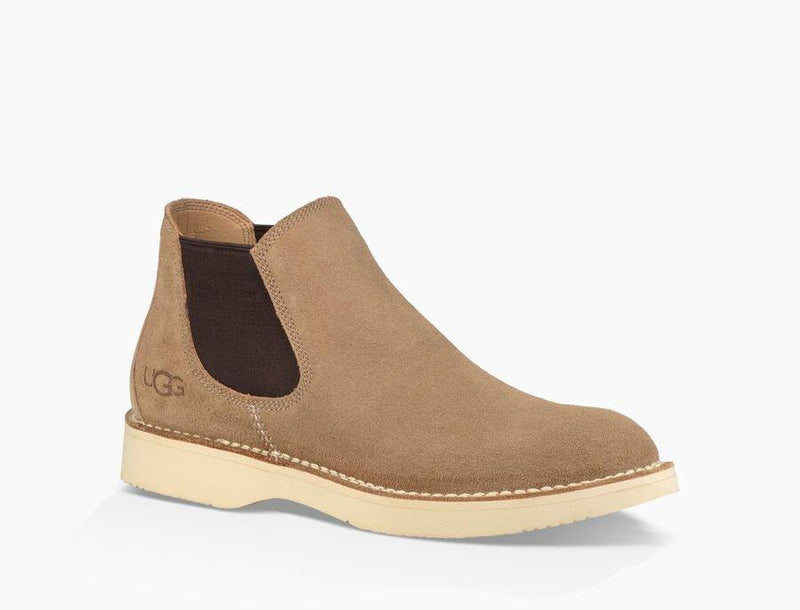 Ugg Camino Chelsea Boot 1094373