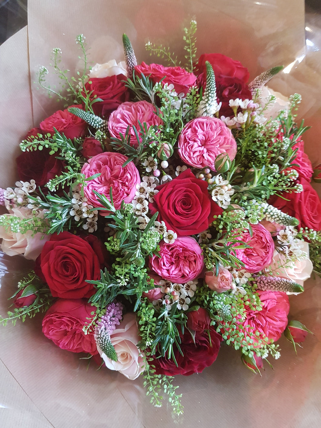 Flower Delivery Alderley Edge, Congleton, Macclesfield, Wilmslow, Knutsford, Cheshire, Staffordshire, Marton, Chelford, Florist, Bouquet, Flower Delivery, UK Delivery, National Flower Delivery, Biddulph, North West Flowers, Mottram St Andrew Flowers